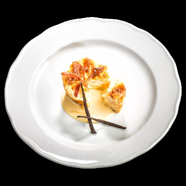 Apfel-Tarte mit Soße von der Bourbon-Vanille